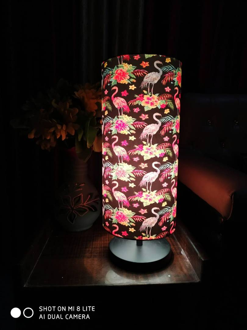 Decabode  Attractive  Room Table Lamp