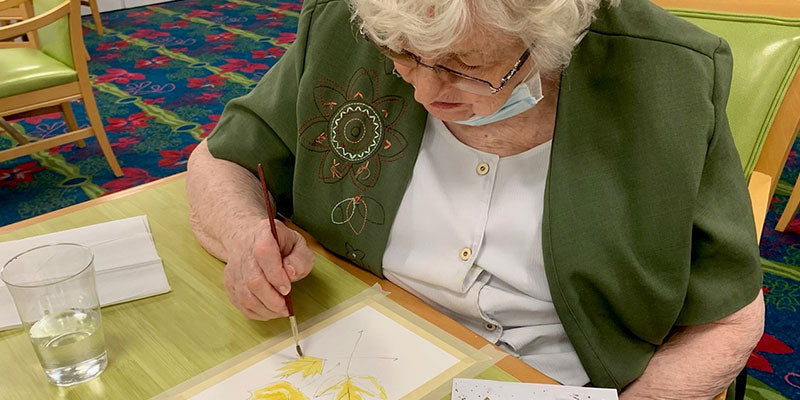 How Art Activities Can Bring Hope to Seniors in COVID-19 Isolation