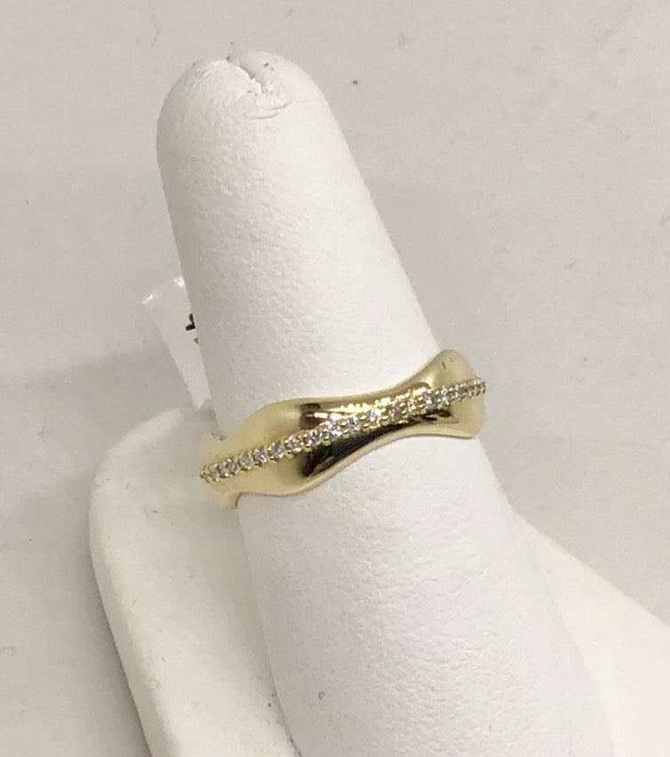 14K Yellow Gold & Diamond Ring