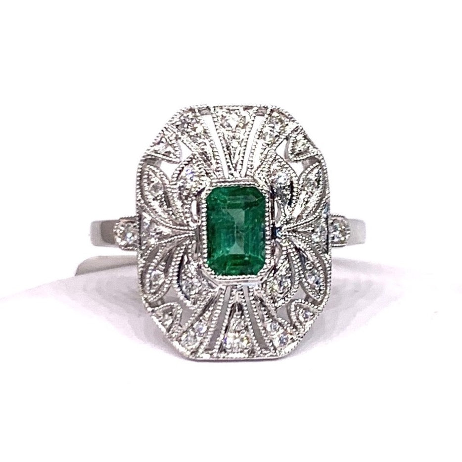 18K White Gold, Diamond & Emerald Ring