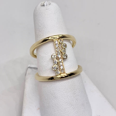 Custom Crafted 14K yellow Gold & Bezeled Ring