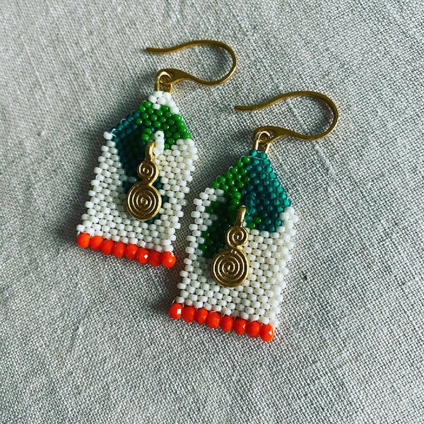Gold charm beadwork earrings by Atram Colours