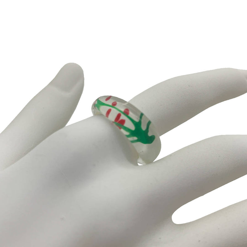 Vintage chunky colorful abstract glass ring with Christmas Holly Leaf Pattern