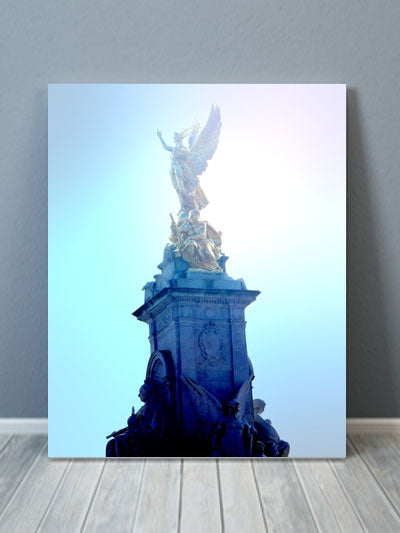 Buckingham Palace Statue Canvas Art