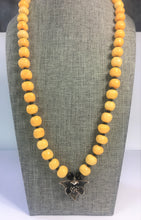 Load image into Gallery viewer, Golden Amber Necklace