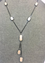 "Load image into Gallery viewer, 36"" Hemotite & Freshwater Pearl Lariat Necklace"