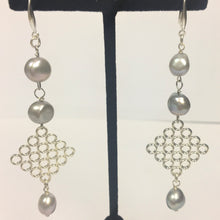 Load image into Gallery viewer, Light Grey Freshwater Pearl Drop Earrings