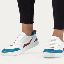 Load image into Gallery viewer, Vegan sneakers BEFLAMBOYANT UX-68 Ocean wearing in a model