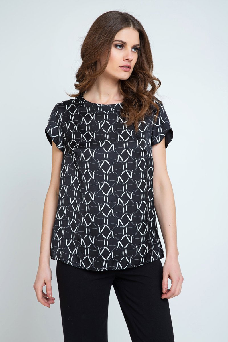 Short Sleeve Black and White Print Top