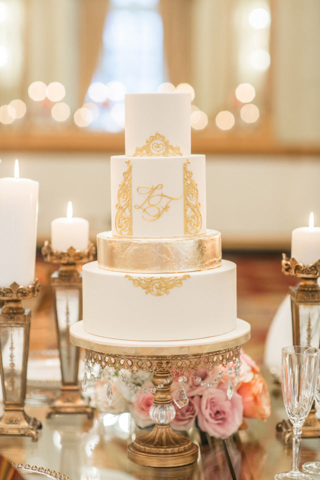 rose gold accents wedding cake