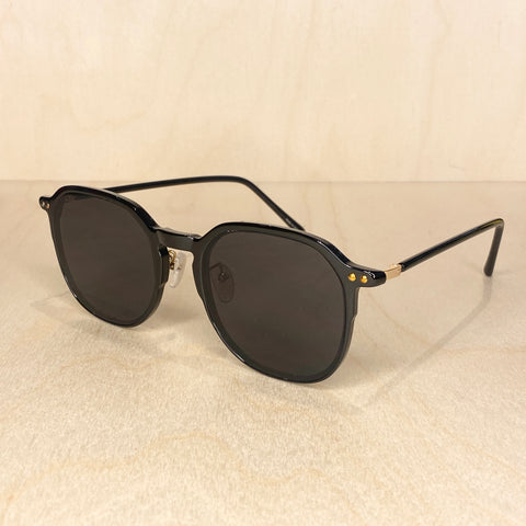 Square Frame Sunglasses - Black