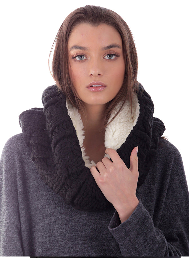 Shearling Cable Knit Neck Warmer