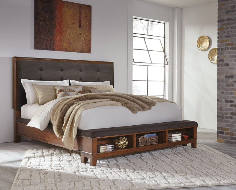 Ralene Signature Design by Ashley Bed