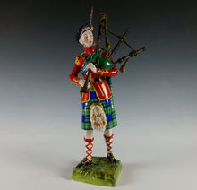 Load image into Gallery viewer, Piper, 93rd Sutherland Highlanders, 1860