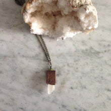 Load image into Gallery viewer, Layering Crystal quartz and copper riveted long chain necklace