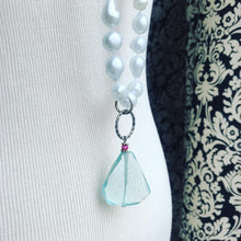 Load image into Gallery viewer, Layering bold vintage pearl and aqua quartz beaded  necklace