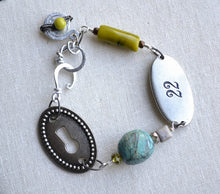 Load image into Gallery viewer, Keyhole gemstone wire worked bracelet
