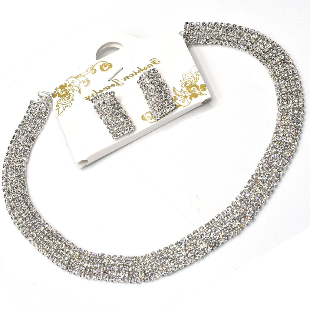 Fancy Crystal Pendant Necklace For Women