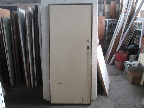 Hollow Core Door in Frame(2070H x 870W x 135D)