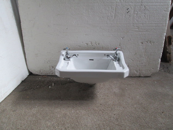 Traditional Vintage Basin & Tapware