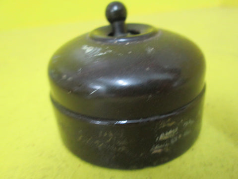 Brown Bakelite with Brown Porcelain Toddle Switch 58D x 38H