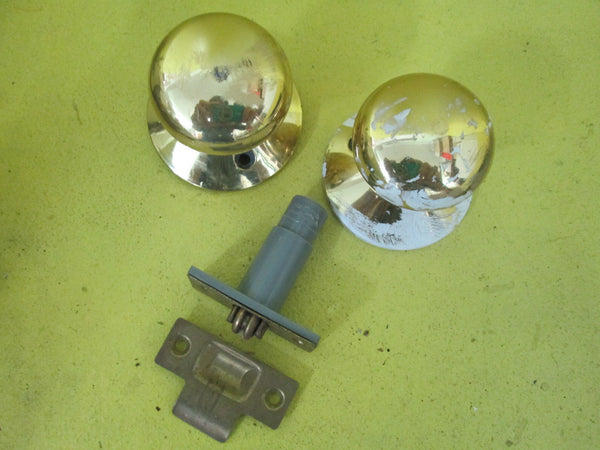 Brass Effect knob with Snib Lock Knob 50D x 55H/Plate 65D
