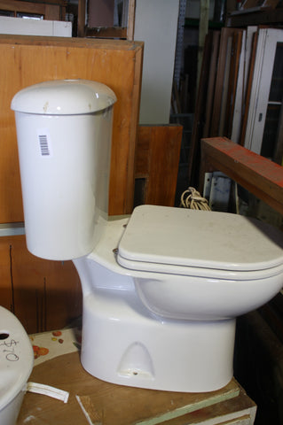 Toilet Unit missing Button