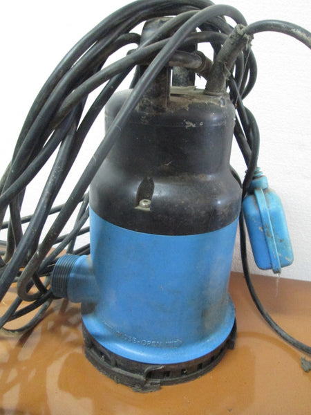 Nocchi VIP Submersible Pump - Flotec 130/6