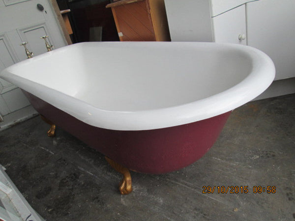 Roll Edge Clawfoot Bath complete with Clawfeet and Taps