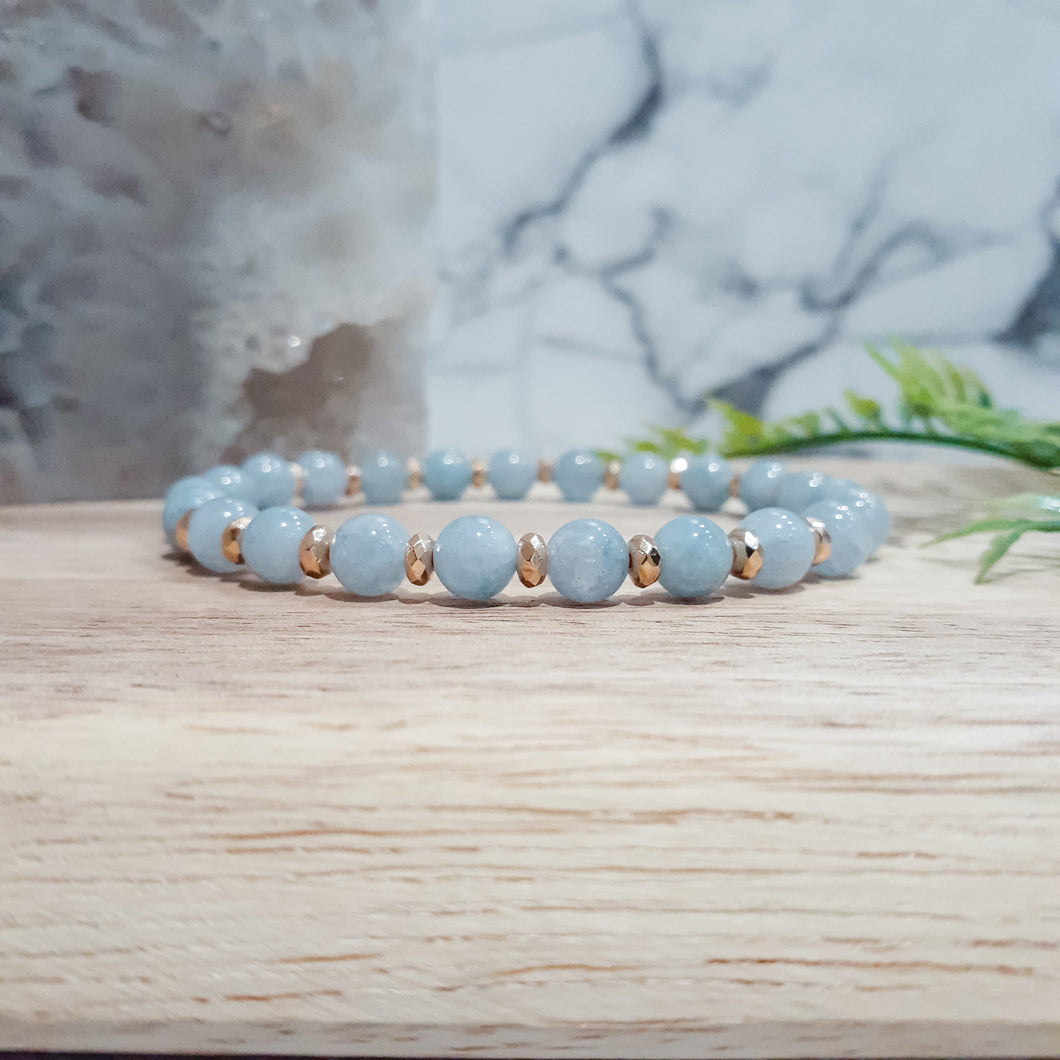Jade Gemstone Bracelet in Aqua with Gold Hematite