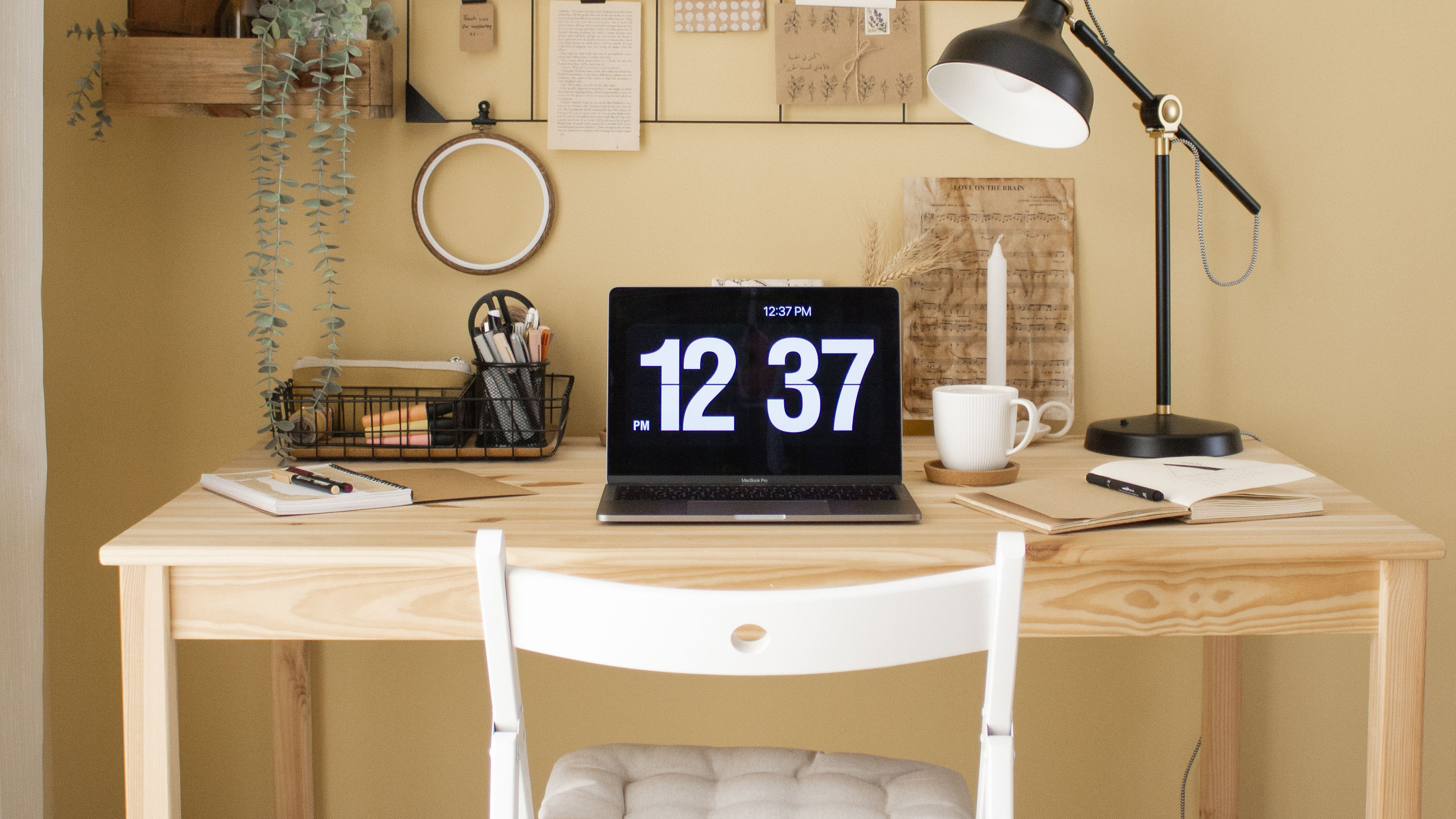 8 Ways to Make Your Home Office More Comfortable