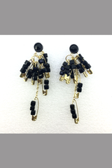 SUPER HOT FASHION SAFETY PINS EARRING