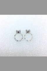 KOREA STYLE EARRING WITH WHITE DIMOND