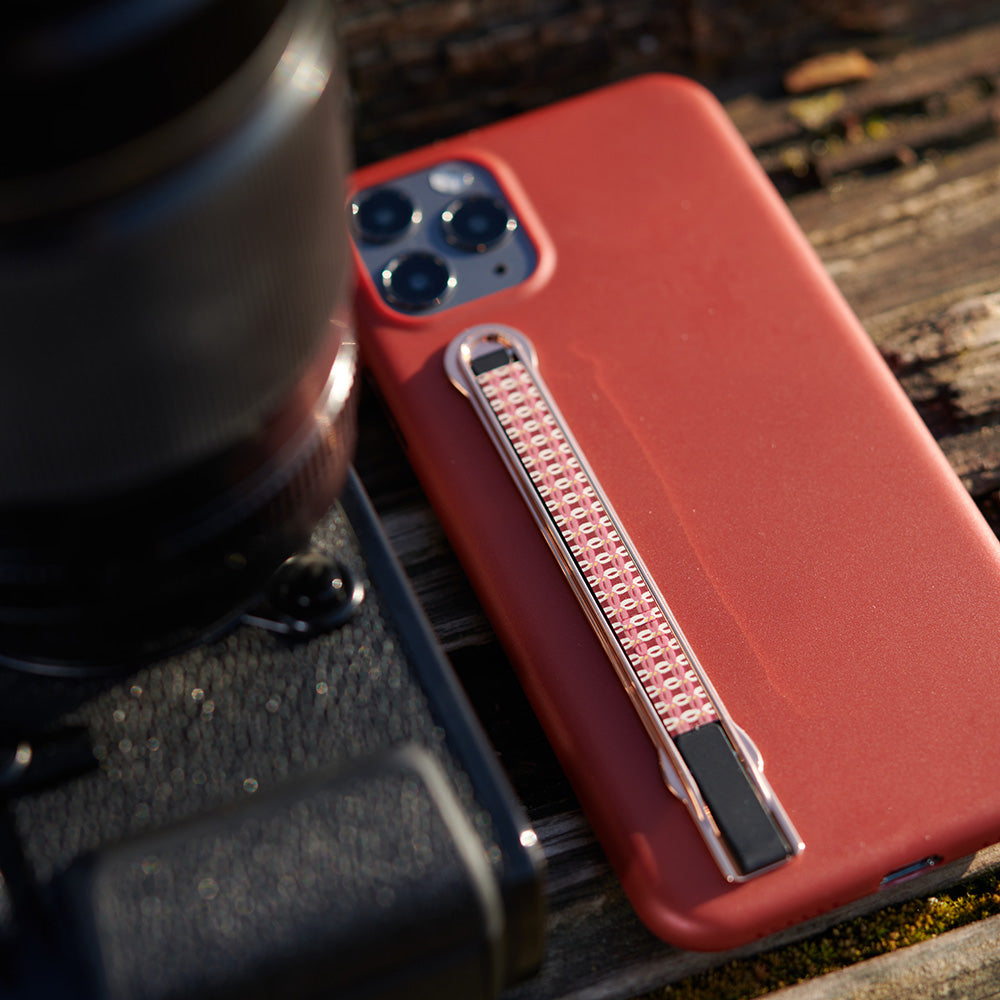 sleekstrip international design winner phone accessory