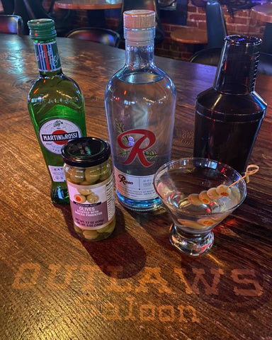 Rainier Gin Martini Boozy Basket