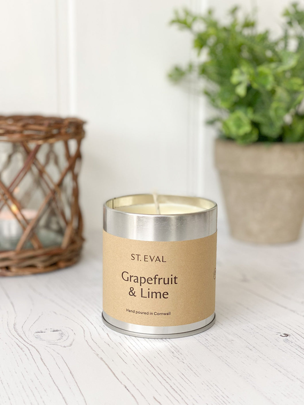 201-STE Grapefruit & Lime Tin Candle