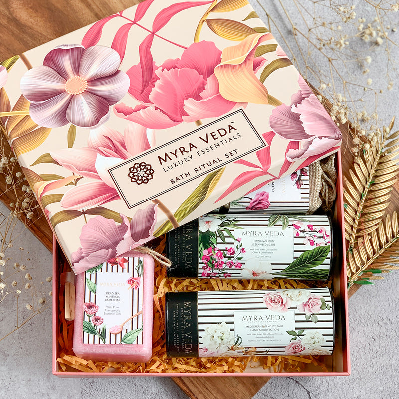 Myra Veda Organic Exclusive Small Gift Hamper
