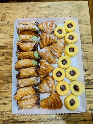 Mixed Tray of Sicilian pastries