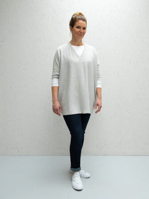 Load image into Gallery viewer, Clara V-Neck Jumper, Silver