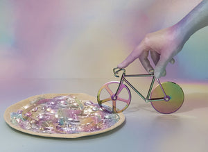 Load image into Gallery viewer, The Fixie Bike Iridescent Pizza Cutter