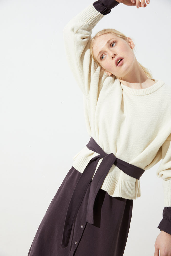 Load image into Gallery viewer, Bogoli Merino Jumper, Off-white