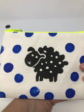 Load image into Gallery viewer, Notion Bag - Black sheepie with blue dots