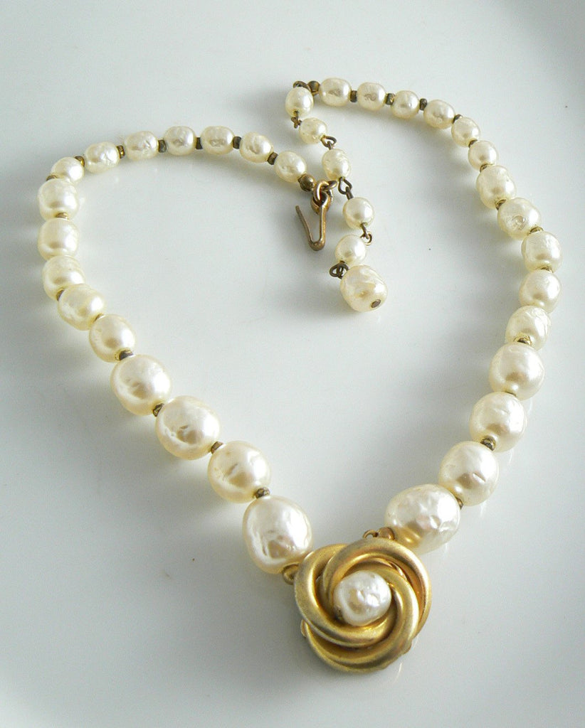 Miriam Haskell Graduating Baroque Pearl Centerpiece Necklace - Vintage Lane Jewelry