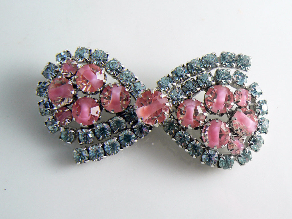 Vendome Alexandrite Pink Givre Rhinestone Bow Brooch - Vintage Lane Jewelry