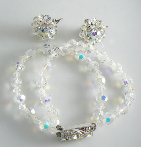 Flowers and Blue Beads Memory Bracelet