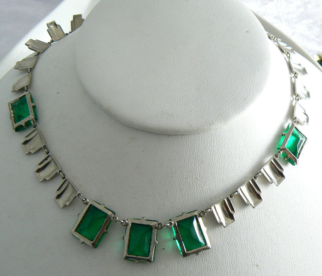 Art Deco Step Glass Bold Emerald Glass Necklace - Vintage Lane Jewelry