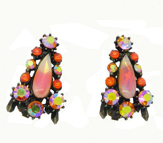 Florenza Peach Givre and Orange Rhinestone Japanned Clip Earrings - Vintage Lane Jewelry