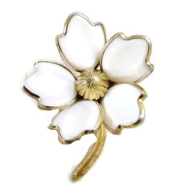 Crown Trifari White Glass Dogwood Flower Pin, Milk Glass - Vintage Lane Jewelry