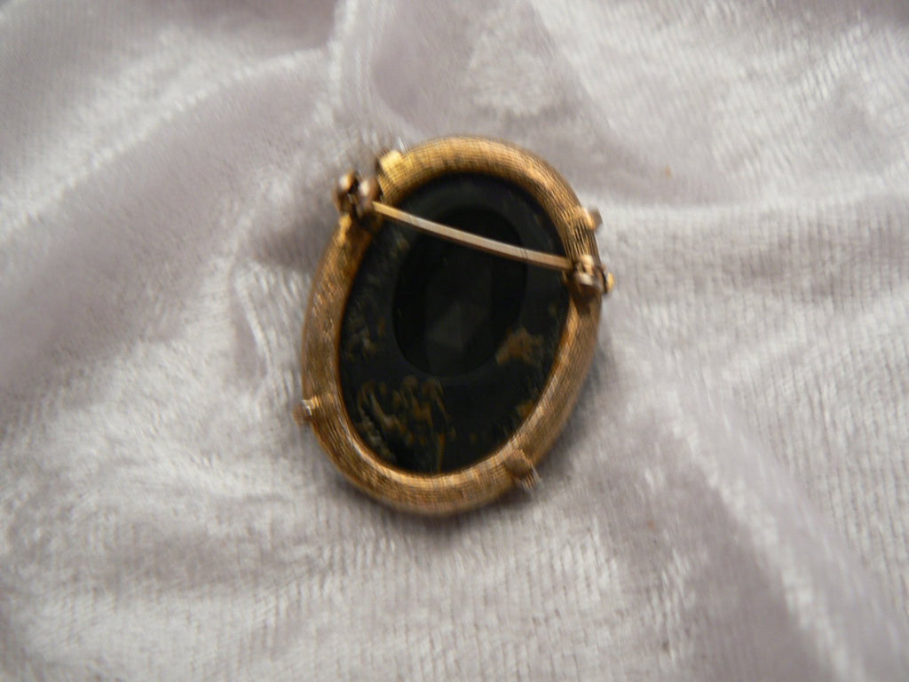 Mourning Cameo Brooch - Vintage Lane Jewelry