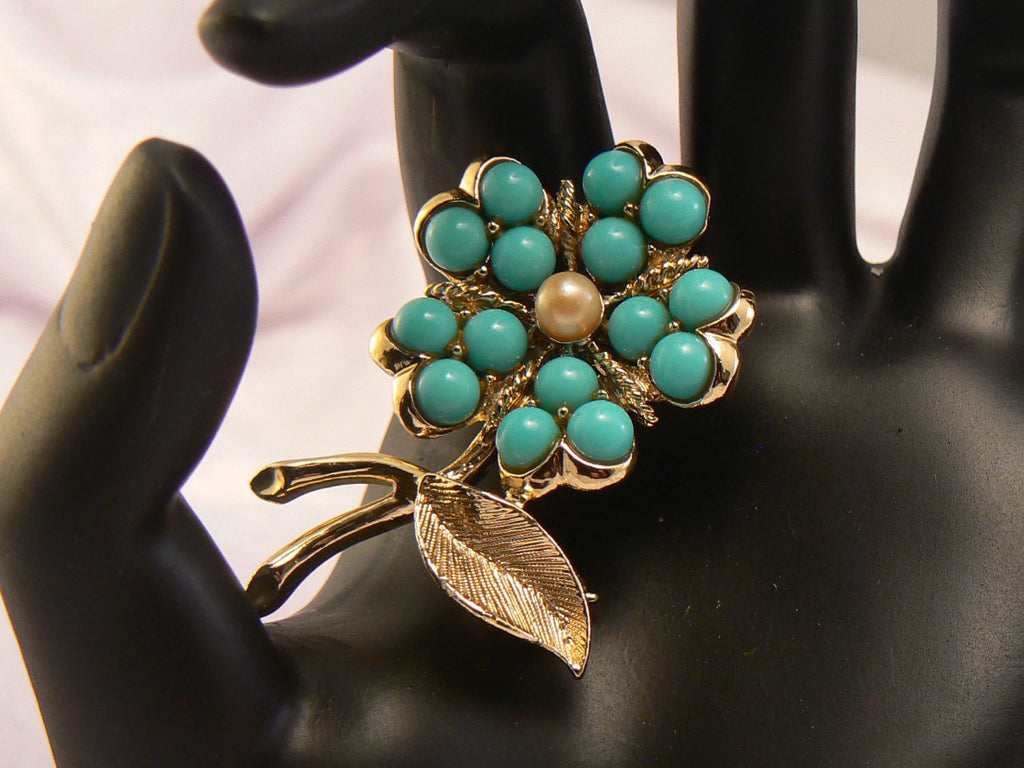 Sarah Coventry Flower Brooch - Vintage Lane Jewelry